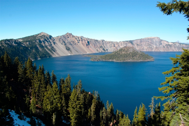 Blue sky and sunny day at Crater Lake